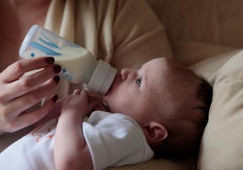 Teadlased püüavad laboris rinnapiima toota