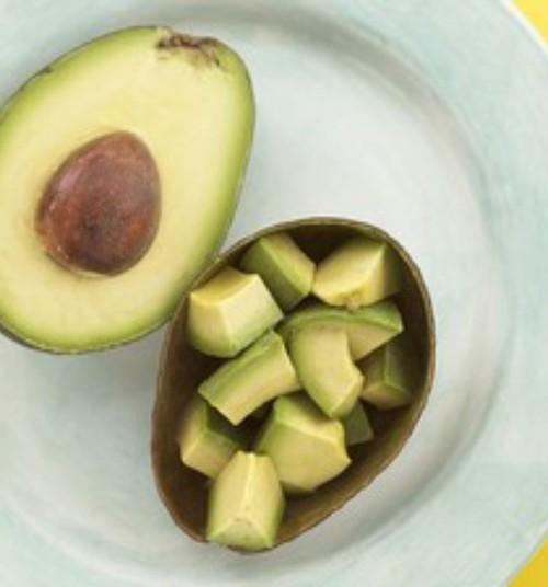 Lapse hommikusöögiks sobib näiteks munaomlett avokaado ja täisteraleivaga