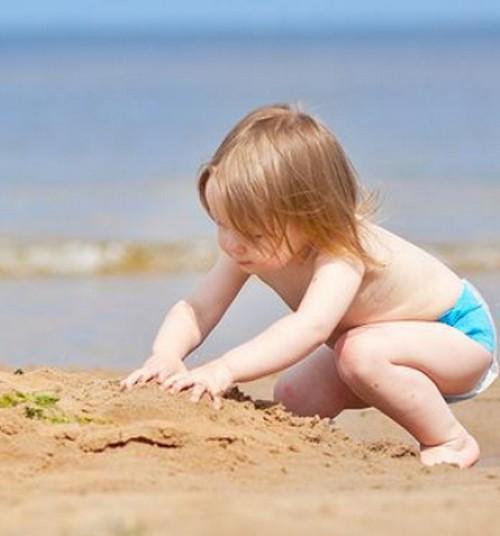 Uuring: Paljud vanemad peavad lapse päevitunud nahka hea tervise märgiks