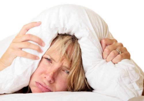 Lõbus video meestelt meestele: naisel tuleb lasta hommikul kauem magada!