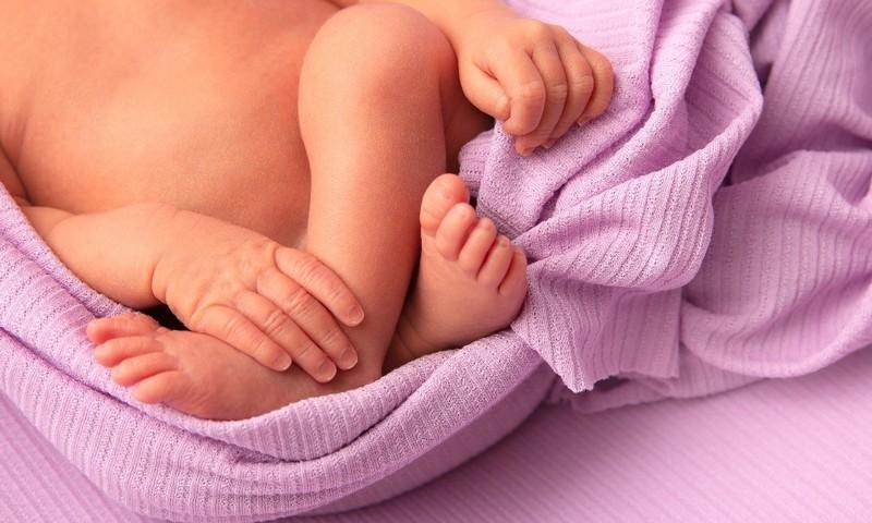 Sünnilugu: Kuidas Emily siia ilma sai