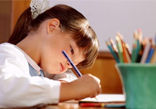 4 - 5-aastase lapse areng: Liikumise etapid ja käelised oskused.