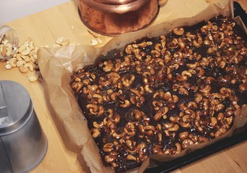 Retsept: Oivaliselt mahlane iirisekattega pähklibrownie