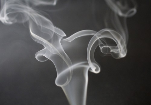 Kinos nähtu paneb noored suitsetama