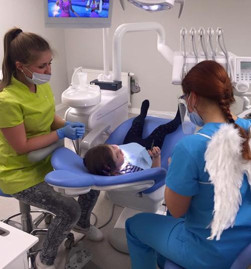 Miks laps öösiti hambaid krigistab?